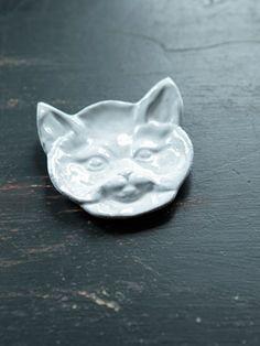 アスティエ・ド・ヴィラット 猫の小皿