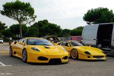 美しいF40とフェラーリF430スクーデリア