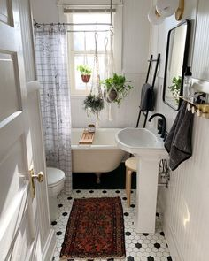 Urban Outfitters Home ( Dream Apartment, Apartment Living, Living Rooms, Casa Wabi, Urban Outfitters Home, Beautiful Houses Interior, Style Deco, Dream Rooms, House Rooms