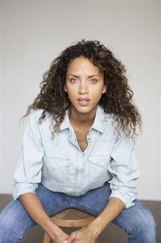 Noémie LENOIR- Fiche Artiste - Artiste interprète - AgencesArtistiques.com : la plateforme des agences artistiques