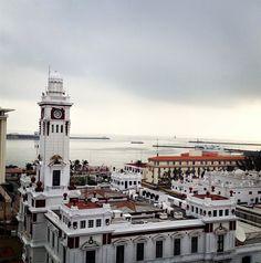 #Faro Venustiano Carranza en el Malecón de Veracruz Puerto