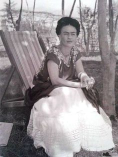 """""""They thought I was a Surrealist, but I wasn't. I never painted dreams. I painted my own reality"""" -Frida Kahlo"""