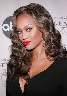 Tyra Banks:  Oooooh Tyra looks sooooo gorgeous!!!!!