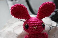rabbit http://happyamigurumi.blogspot.com/2010/12/amigurumi-pink-rabbitlapin-rose.html