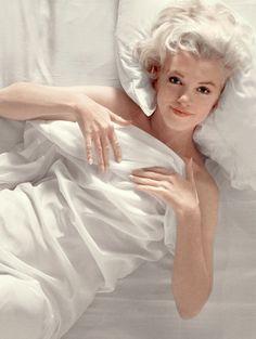 Marilyn Monroe photographed by Douglas Kirkland, 1961