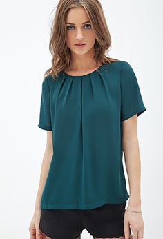 Shop Forever wide variety of short sleeved tops. Browse graphic tees, baseball tees, lace-up tops + more. Blouse Styles, Blouse Designs, Forever21, Formal Blouses, Blouses For Women, T Shirts For Women, Stitch Fix Stylist, Couture, Short Sleeve Blouse