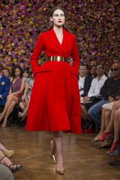 Christian Dior Paris Fashion Week the new look is back!