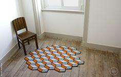 Arraiolo-wool-carpets-by-Ervilha-Criativa