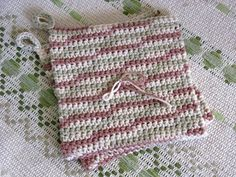 The BEST online tutorial for this double thick crocheted hotpad/potholder.