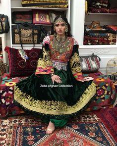 All Fashion, Fashion Dresses, Womens Fashion, Vintage Wear, Vintage Dresses, Afghani Clothes, Henna Diy, Henna Ideas, Afghan Girl