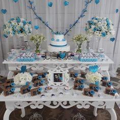 Decoração de noivado: 60 fotos e dicas para uma comemoração perfeita New Years Eve Party, Mom And Dad, Baby Shower, Table Decorations, Cake, Birthday, Mandala, Group, Instagram