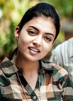 South Actress, South Indian Actress, Prettiest Actresses, Beautiful Actresses, Indian Actress Photos, Indian Actresses, Nazriya Nazim, Indian Face, Kim Taehyung Funny