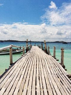 Beralas Pasir Island, Bintan, Indonesia by Edward Halimm.