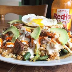 Broke today's fast with my low carb chipotle steak, egg and cheese bowl! Well it's actually on a plate   This bad boy had sautéed broccoli, green beans, and onions topped with cauliflower rice, queso, 2% mexican cheese, top round steak, egg whites, avocado, buffalo sauce and a fried runny egg!  Macros: 835 cals, 59g carbs, 29g carbs, 77g protein, 22g fiber  This thing was a beast and I currently have a precious food   And this recipe along with 70+ others will be featured in the….