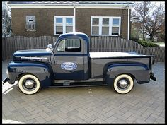 1951 Ford F1 Pickup. Completely restored, no rat here...