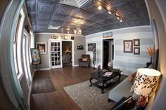 Gorgeous entry space in Jennifer Nace's studio