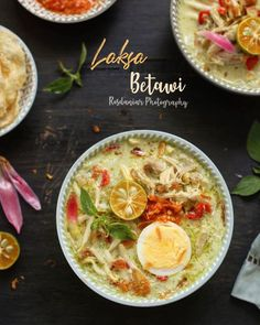 Soto Betawi, Pork Bacon, Laksa, Recipe Details, Indonesian Food, Cheeseburger Chowder, Thai Red Curry, Catering, Food And Drink
