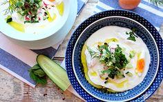 Řecký+jogurt+je+jedním+největších+vynálezů+všech+dob.+Chladivý+a+osvěžující+v+letní+polévce. Kefir, Ramen, Ethnic Recipes, Food, Eten, Meals, Diet