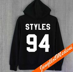 Zayn Malik Shirt One Direction Hoodie Sweatshirt by JengllotMedeni One Direction Merch, One Direction Outfits, Zayn Malik Style, Stilinski 24, Hipster, Cool Hoodies, Summer Shirts, Unisex, Pretty Outfits