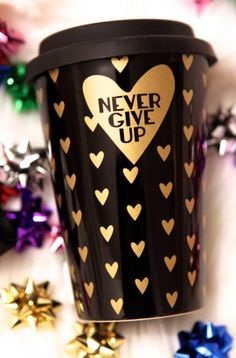 TermoBLACK #cup #mug #gymhero #gymhero_official #gymherogirl #nevergiveup #blackmug #gold #hearts