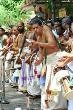 Patinjaremarath in Annamanada (Born on June 2, 1952), a family of traditional musicians who held the ritual function of playing percussion music for temple ceremonies, Sri Parameswara Marar started full-fledged training in the timila, aftercompleting his school education. At the age of thirteen, he joined the Kerala Kalamandalam as a student in the first batch of timila trainees under the tutelage of Annamanada Parameswara Marar (senior).