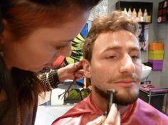 Paola Gavazzi trabalhando: Corte masculino / Truques de Maquiagem