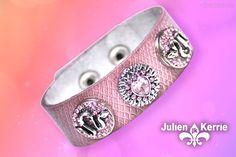 Das Armband von Julien Kerrie mit 3 Snap-Schmuckknöpfen. Cigar Cutter, Bracelet, Schmuck