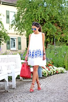 outfit-chicwish-dress-missguided-sandals-prada-bag-ray-ban-mirror-sunglasses-245.jpg (600×900)