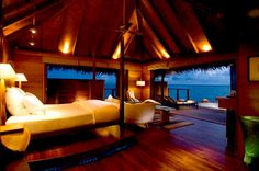 Google Image Result for http://obsit.com/wp-content/uploads/2011/06/Beautiful-and-Exotic-Bedroom-Ocean-Panoramic-View-4.jpg