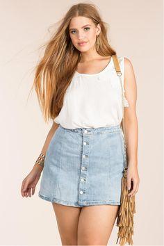30 best ideas about plus size mini skirts or how can you wear mini Denim Mini, Plaid Mini Skirt, Denim Skirt, Plus Size Mini Skirts, Dress Plus Size, Pink Mini Dresses, Sequin Mini Dress, Beautiful Gowns, Skirt Outfits