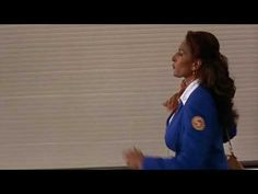Beautiful opening sequence | Pam Grier as Jackie Brown by Quentin Tarantino | Music : Across 110th Street by Bobby Womack