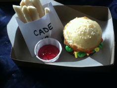 Hamburger cupcake and cookie fries