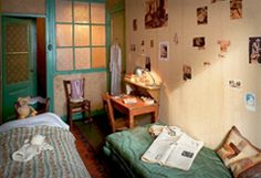 Anne's room in the secret annex. Anne Frank House, House Rooms, World War Two, Decoration, History, Annex, Set Design, Wwii, Places
