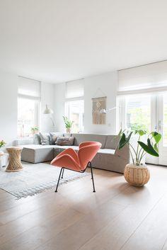 This pink Orange Slice armchair brings color to this living room. Living Room, Furniture, Living Room Furniture, Living Room Seating, House Interior, Home Deco, Interior Design, Living Furniture, Furniture Design