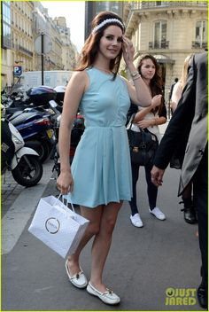 Lana Del Rey in her Smooth Leather Minnetonka mocs