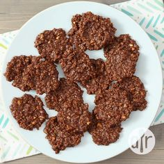 Quick, simple and yummy NO BAKE Cookies - one of our favorite cookie recipes! Made with cocoa powder, peanut butter, vanilla, and quick oats - these quick cookies will become a go-to treat. Healthy No Bake Cookies, Easy Cookie Recipes, Candy Recipes, My Recipes, Baking Recipes, Snack Recipes, Dessert Recipes, Quick Cookies, No Bake Recipes