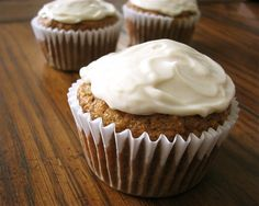 Finally found it... a low-sugar carrot cupcake recipe for baby's first birthday.