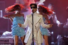 La Familia Del Cantante Prince Reclama La Fortuna Superior A $300 Millones Que Dejó De Herencia – AB Magazine
