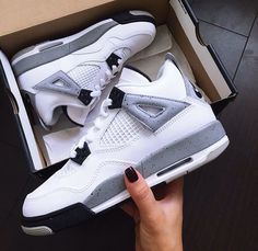 New Sneakers Wedge Outfit Winter Nike Shoes Outlet Ideas Sneakers Mode, Sneakers Fashion, Shoes Sneakers, Zapatos Shoes, Sneaker Heels, Converse Shoes, Shoes Sandals, Jordan Shoes Girls, Girls Shoes