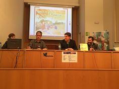 Primera foto de la presentació del projecte Implica't+ i del conte Sota l'acàcia en el marc de la setmana de la Unesco http://centresimplicats.blogspot.com.es/2015/11/implicat-amb-la-setmana-de-la-unesco.html