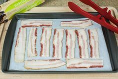 How to Cook Bacon in a Convection Oven - Recipes Convection Oven Conversion, Convection Oven Cooking, Countertop Convection Oven, Microwave Oven, Cooking Bacon, Fun Cooking, Cooking Tips, Cooking Stuff, Toaster Oven Recipes