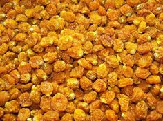 Golden berries Benefits: (Physalis, Inca Berries, Cape Gooseberry) are a member of the tomato/eggplant family. Golden Berries bioflavonoid (Vitamin P) content, which are found in the colored part of fruits and vegetables, help prevent cellular damage caused by free radicals and produce anti-inflammatory and antioxidant activity. Golden Berries contain Vitamins A, B1, B2, B6, B12, fiber, prosperous and pectin, which is known to regulate blood sugar.
