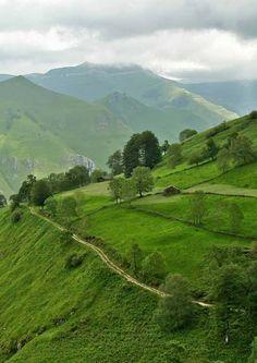 Valles Pasiegos. Cantabria