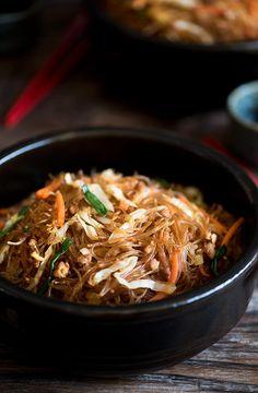 Stir-fried Pork And Cabbage Glass Noodles