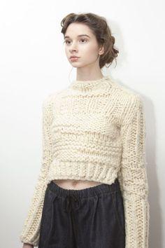 amanda henderson knits / chelsey sweater at the a/w 2013 presentation at Cliqk / photo by Justyna Fijalska