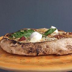 Reposting @animagolosa: TOP 😋 SALSICCIA di MAIALINO NERO , GORGONZOLA, NOCI e BOCCONCINI di BUFALA 😜😋🤣💯🤘🏿🐷. #pizzahomemade #homemade #foodhomemade #caserta #maialinonero #casertafoodporn #italy #pizzafattaincasa #pizzanapoletana #italianpizza #pizzanapoletana #impastofattoamano #cucinoio #blog #blogger #ricette #italiano #instagram #instagood #instadaily #foodforfuel #foodporn #foollowme #followforfollow #follow4follow #pizzagourmet  #cibo #foodpornography #foodpost #foodpicture