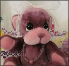 **Beth Franco Bears** Maggie is 3 3/4 inches sitting.