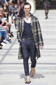 Louis Vuitton | Menswear - Spring 2017 | Look 20