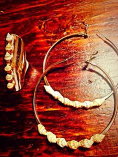 Added small shells to ring & earrings to make a nice set Alex And Ani Charms, Ring Earrings, Shells, Charmed, Jewellery, Nice, Bracelets, Conch Shells, Jewels