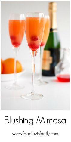 Blushing Mimosas Recipe Cocktails, Beverages with orange juice, pineapple juice, grenadine, champagne Best Champagne, Champagne Drinks, Cocktail Drinks, Cocktail Recipes, Drink Recipes, Brunch Recipes, Wine Cocktails, Brunch Ideas, Sangria